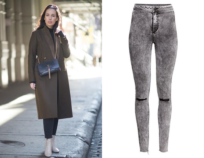 Unos denim deshilados en los tobillos son un must para este invierno. Los podrás conseguir en H&M.