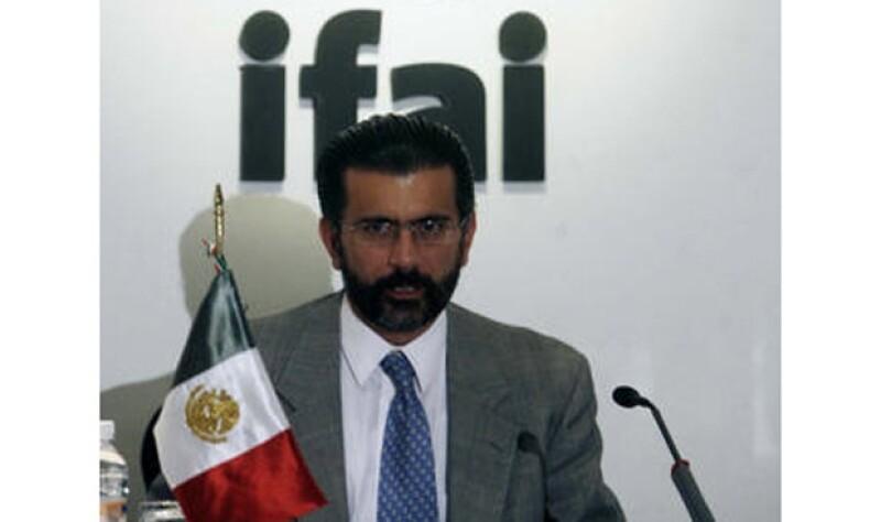 En 2006, Alonso Lujambio encabezó el Instituto Federal de Acceso a la Información.