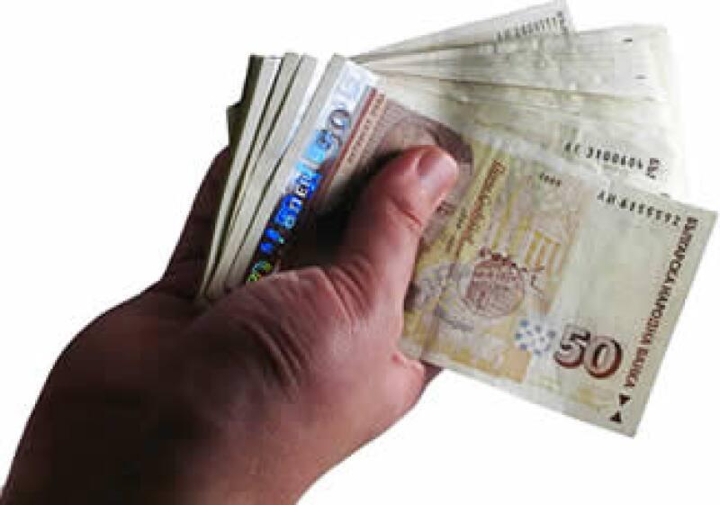 Los sectores que mejores sueldos pagan son: automotriz, alimentos y bebidas y productos de consumo. (Foto: SXC)