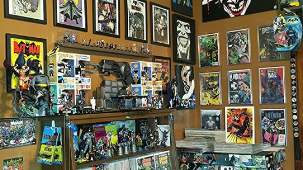 Robin Cross dice que admira a Batman porque el superhéroe