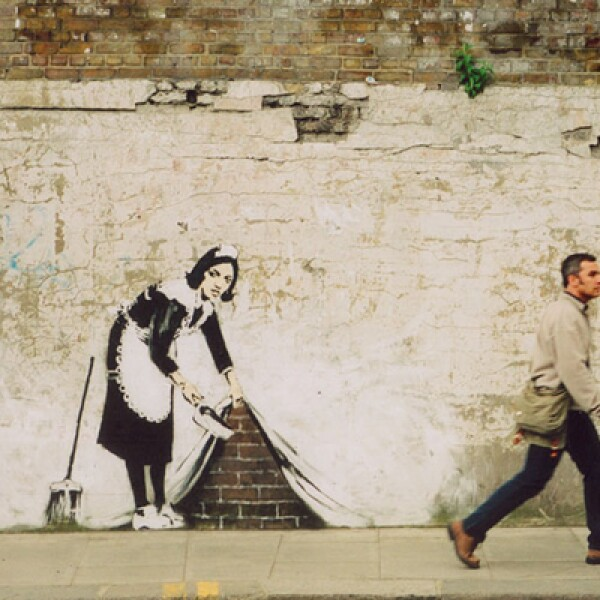 Las pinturas de Banksy suelen despertar debates sobre su significado.