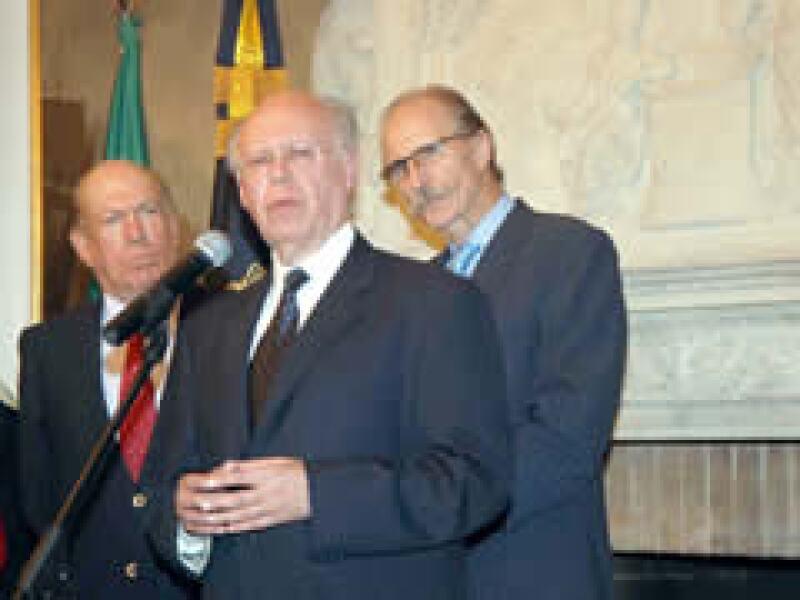 El Rector de la UNAM, José Narro Robles dijo que es necesario ampliar la ayuda a la gente del país. (Foto: Notimex )