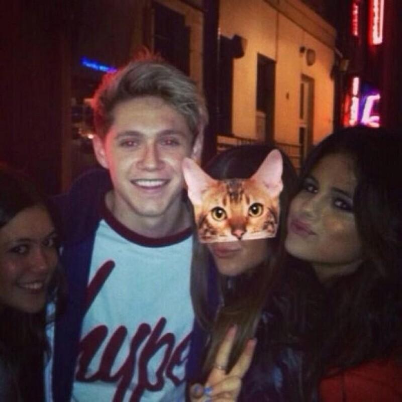 Selena y Niall se fotografiaron con los fans que los reconocieron.