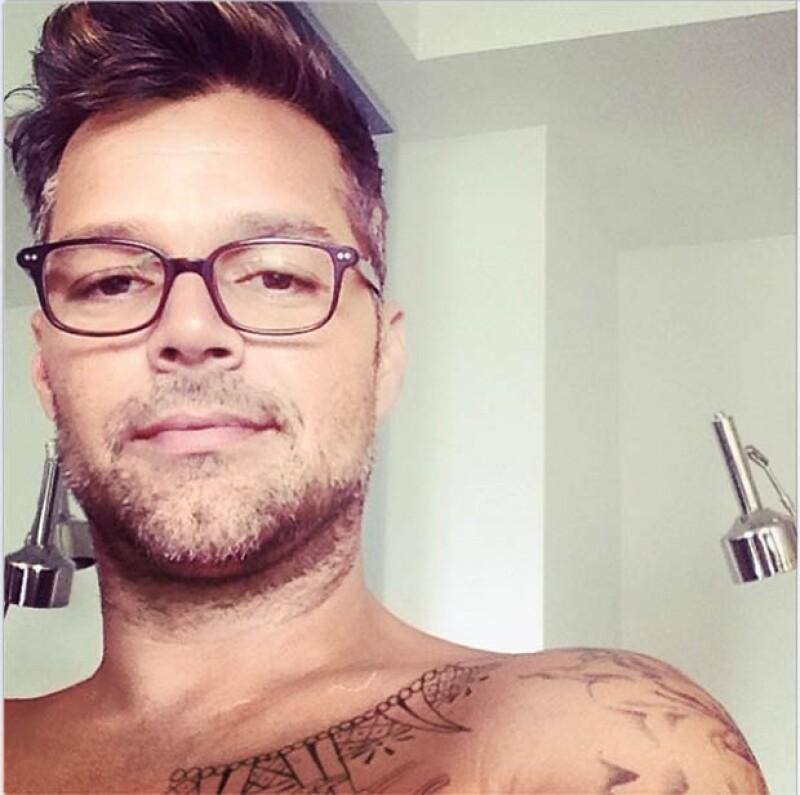 Ricky Martin también es fan de las selfies.