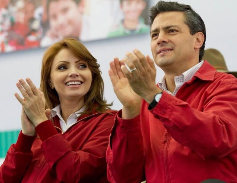 Angélica Rivera trata de estar siempre junto a su esposo, Enrique Peña Nieto.