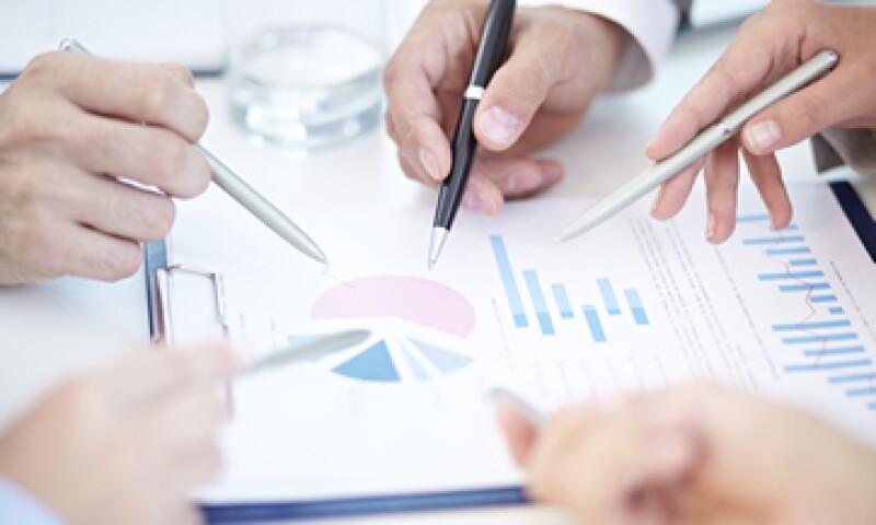 Si consideras que algo anda mal con tus ventas, debes revisar tu estrategia de largo plazo y ejecución trimestral. (Foto: Getty Images)