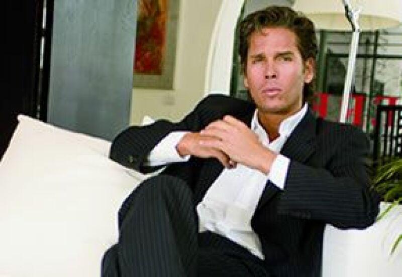 El actor y empresario obtuvo el amparo para su hotel Diamante K, el cual había sido clausurado.