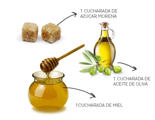 Necesitarás una cucharada de azúcar morena, una de miel de abeja y una de aceite de oliva.