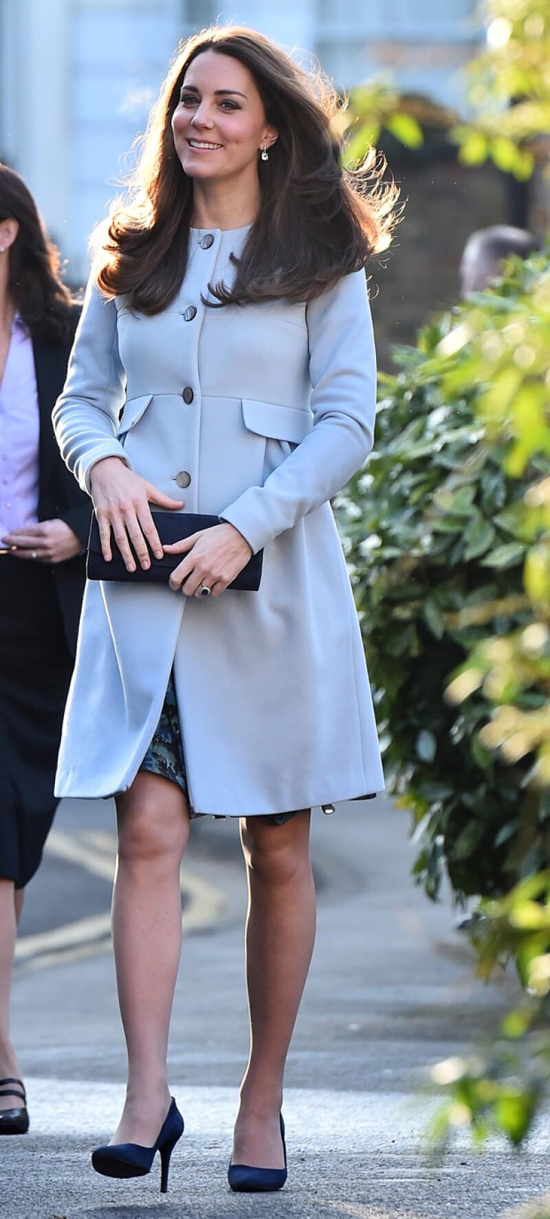 Como siempre, Kate lució perfecta en su atuendo de día.