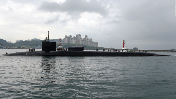 Poderoso submarino de Estados Unidos llega a Corea del Sur