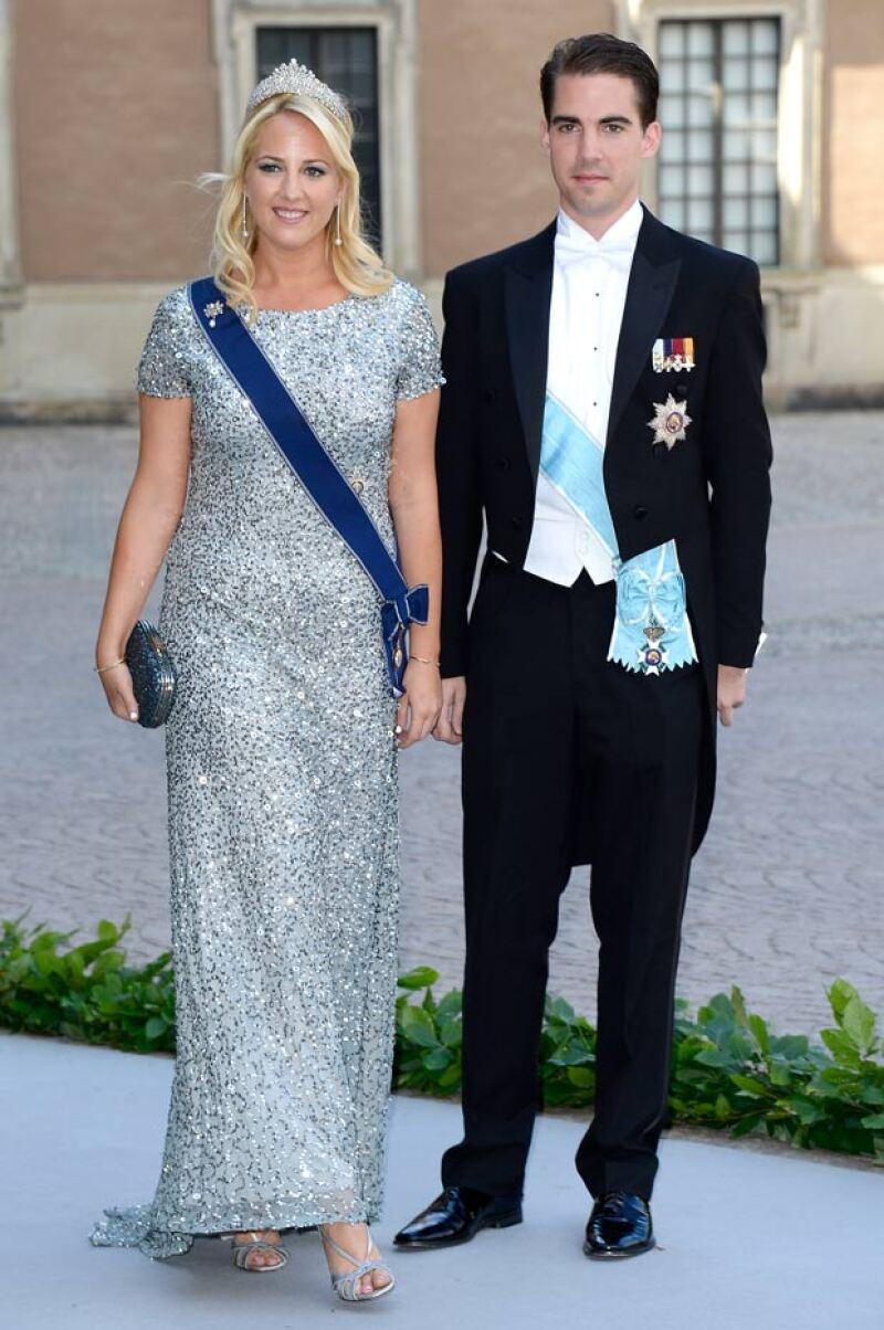 El príncipe es inseparable de su hermana Theodora.