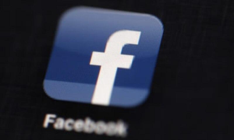 Analistas argumentaron que el aumento de los usuarios podría haberse moderado mientras Facebook ganaba en proporción. (Foto: AP)