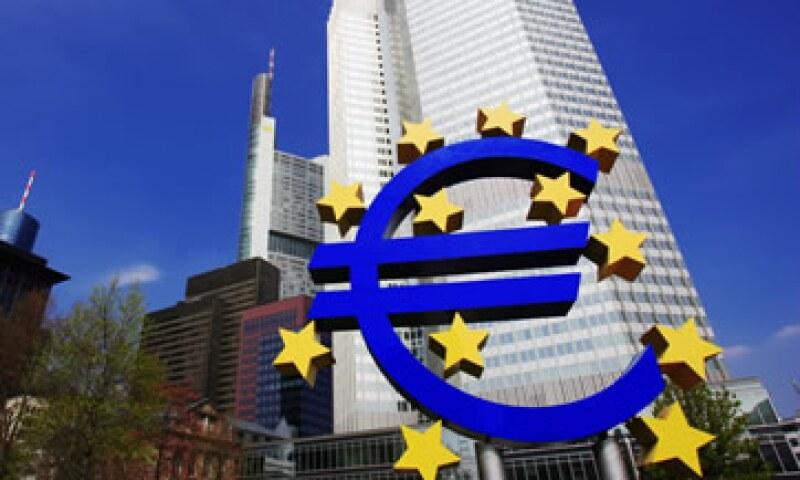 El reto para la Unión Europea es cómo manejar una divisa que cubre 17 países, y un área para viajar sin fronteras de 25 naciones. (Foto: Thinkstock)