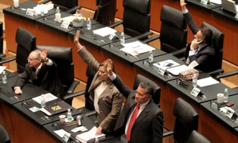 Los promotores de las reformas argumentan que las medidas favorecen una mejor administración de los recursos públicos. (Foto: Notimex)