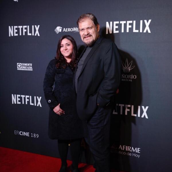 Sheila Flores y Joaquín Cosío.