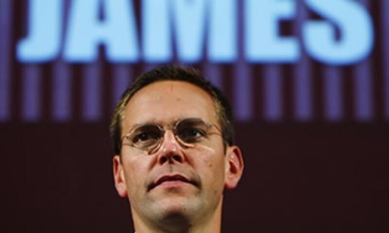 James Murdoch seguirá como presidente de News International, la unidad de News Corp que engloba a sus diarios británicos. (Foto: Reuters)