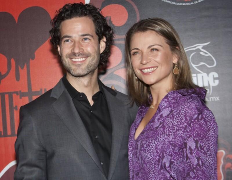 La actriz de origen polaco aseguró a los medios de comunicación que los rumores sobre una supuesta boda con su novio sí son ciertos.