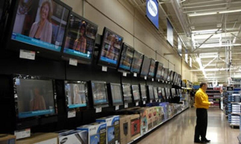 La oferta de envíos gratuitos de Walmat incluye televisores de alta definición, computadoras portátiles y otros artículos. (Foto: AP)