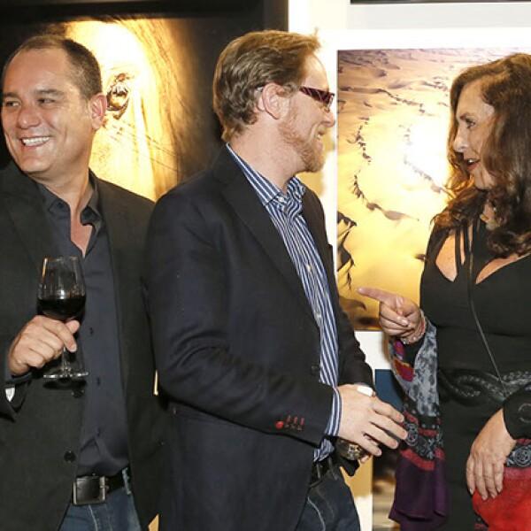 Eduardo Rivas,Ricardo Covalin,Paz Cohen