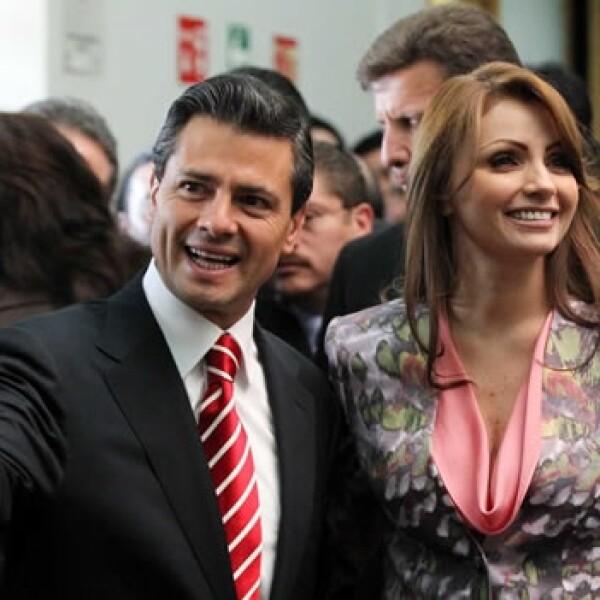 Peña Nieto se registra ante el IFE