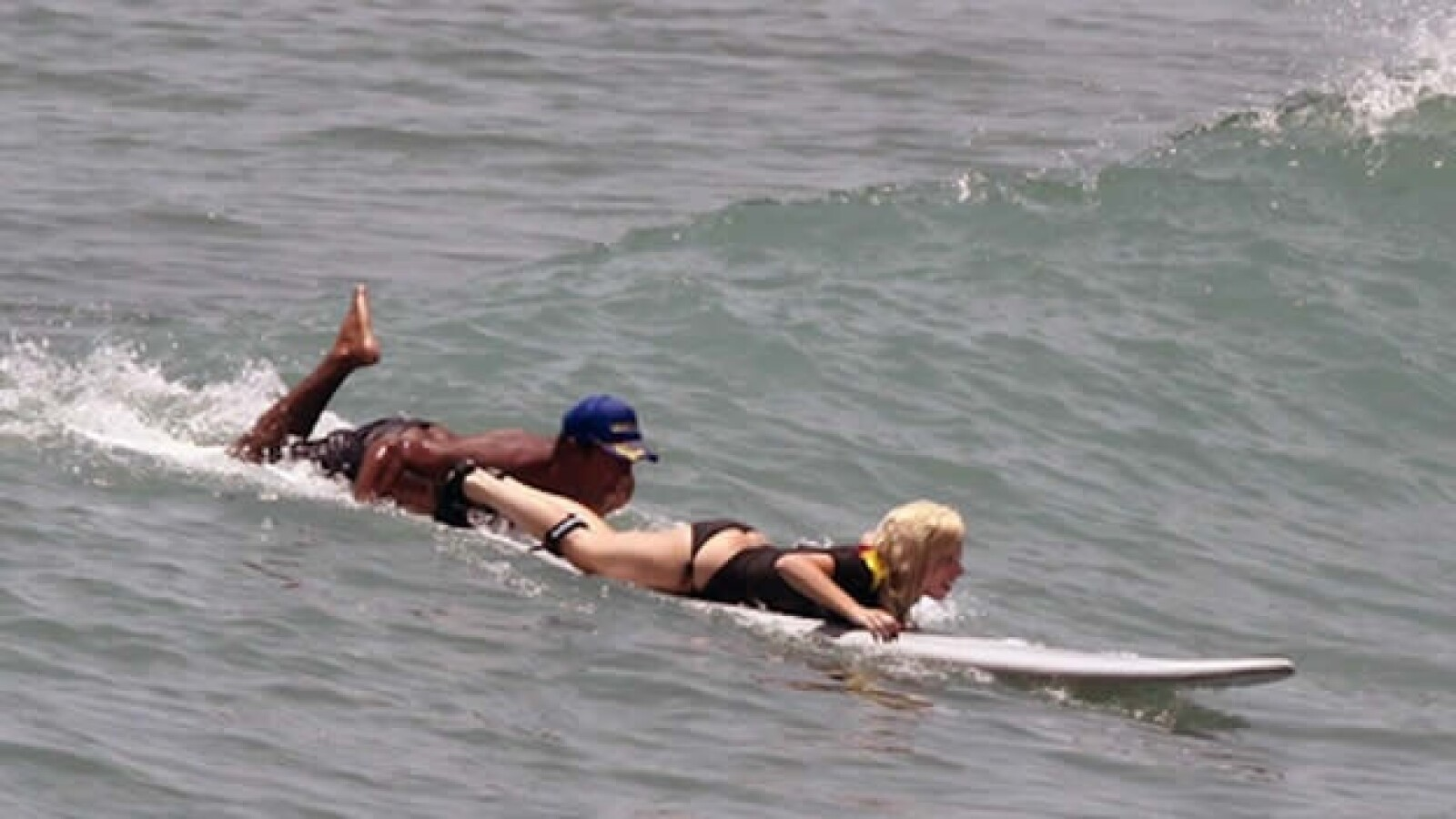 Lady Gaga Nayarit surf