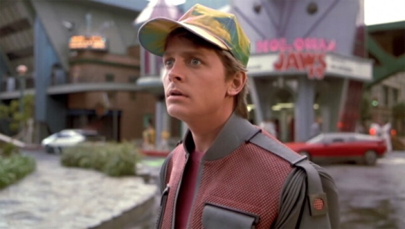 ¡Marty por fin llegó de 1985! Sí, hoy es el día que Marty McFly llegará en el Delorean del Doc Brown. Si eres fan de Back to the Future, checa estos datos que probablemente no sabías de la película.