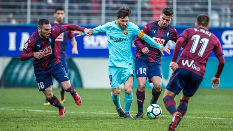 Eibar v FC Barcelona - La Liga Santander