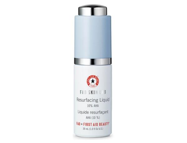 First-Aid-Beauty-Skin-Fab-Resurfacing-Liquid-10-AHA-mixta.jpg