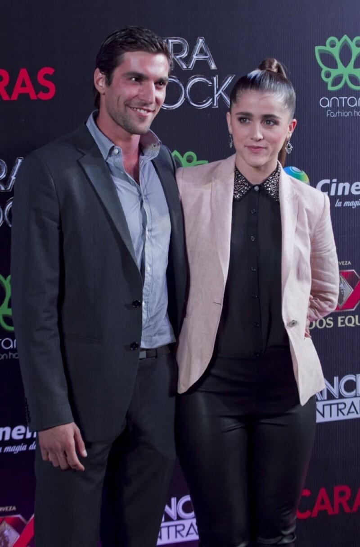 El actor mantiene una relación de noviazgo con esta guapa chica desde hace once meses.