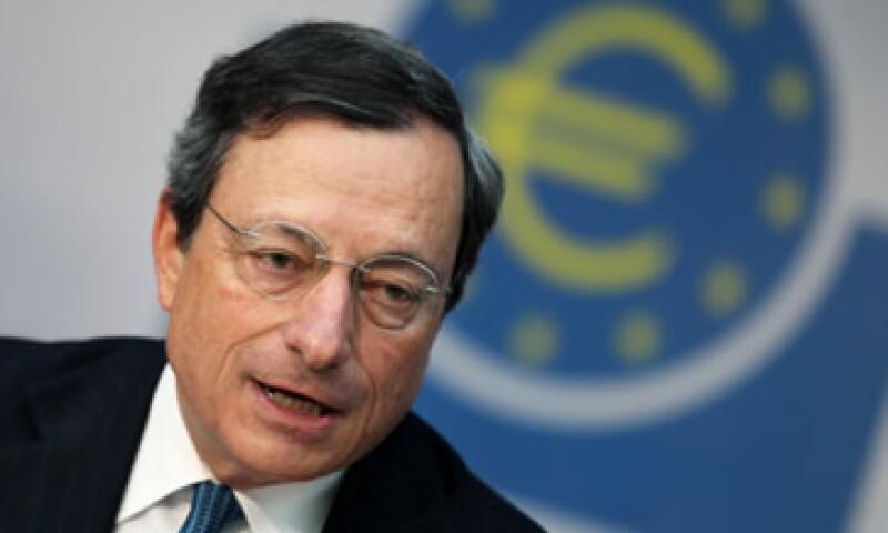 El jefe del BCE, Mario Draghi, se ha negado a comprar bonos en el mercado abierto.  (Foto: AP)