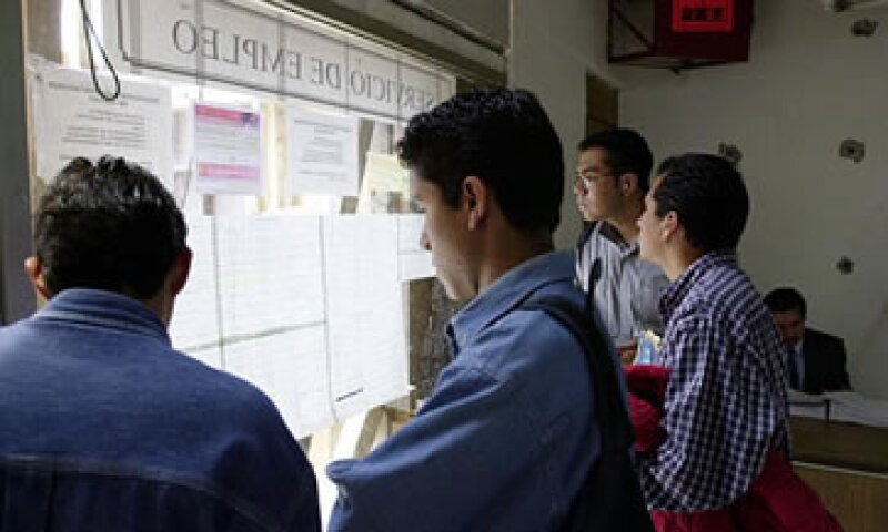 Analistas esperaban que la tasa de desempleo subiera levemente a 5.30%. (Foto: AP)