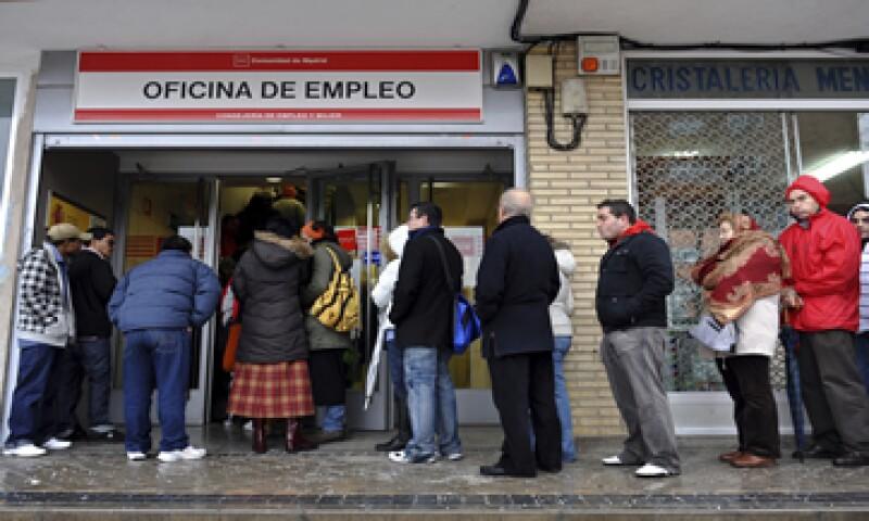 El 51% de los españoles piensa que su situación personal mejorará o será más estable en 2015.  (Foto: iStock by Getty Images. )