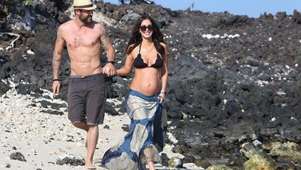 Se dice que el actor planeó unas vacaciones a Hawái, donde la pareja se casó en , para revivir el amor y convencerla de cancelar el trámite de divorcio.