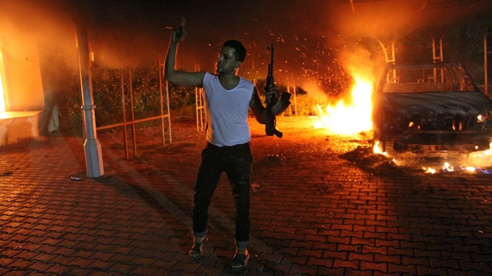 protesta embajada de EU en Libia