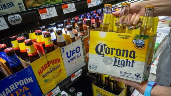 Corona,-la-cerveza-preferida-de-los-estadounidenses - HIRES