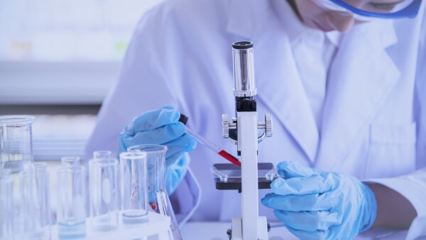Estados Unidos Sanofi GSK vacuna covid-19