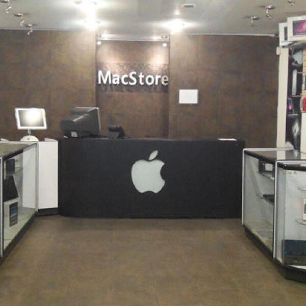 La 'MacStore' está ubicada en Plaza Madero, en el centro de la Ciudad de México.