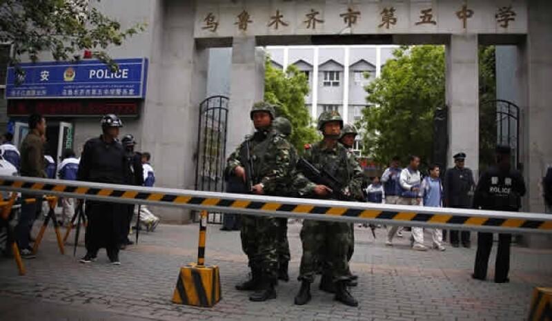 China policía Xinjiang