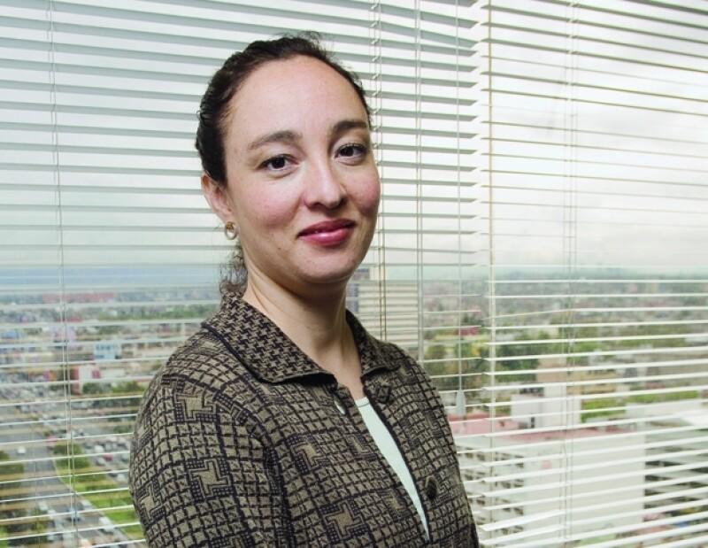 La revista Expansión dio a conocer su lista de mujeres en puestos decisivos en empresas mexicanas, entre ellas se encuentran, María Inés Craviotto, Angélica Fuentes y María Aramburuzabala.