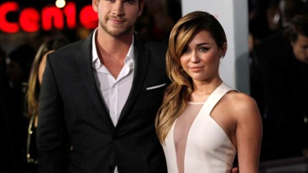 Liam Hemsworth y Miley Cyrus llegaron juntos a la alfombra roja.