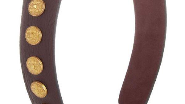 Deja que esta diadema de Valentino sea la pieza estrella de tu look.