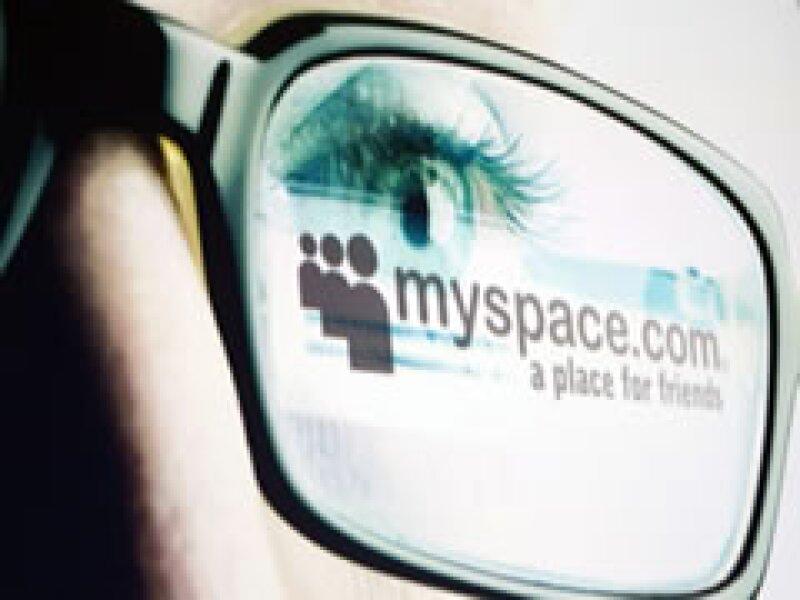MySpace dijo que la tecnología le permitió identificar a usuarios como delincuentes sexuales registrados. (Foto: AP)