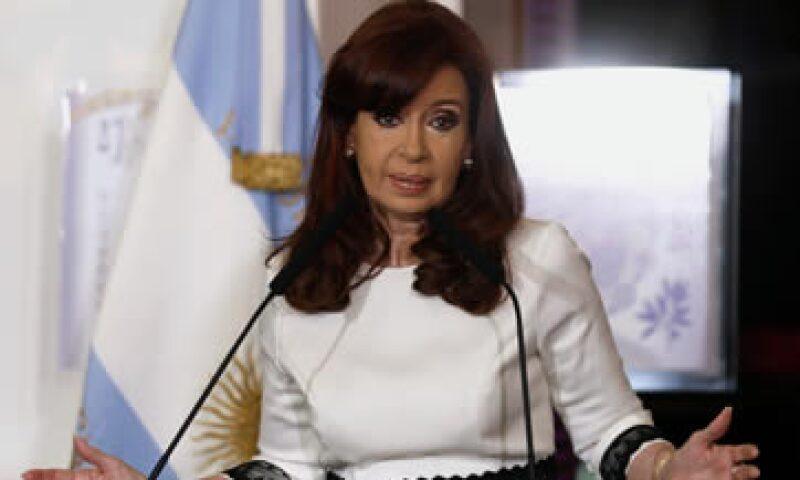 Con el bloqueo, Griesa intenta forzar a Argentina a llegar a un acuerdo con los fondos especulativos que ganaron un juicio por 1,330 mdd. (Foto: Reuters)