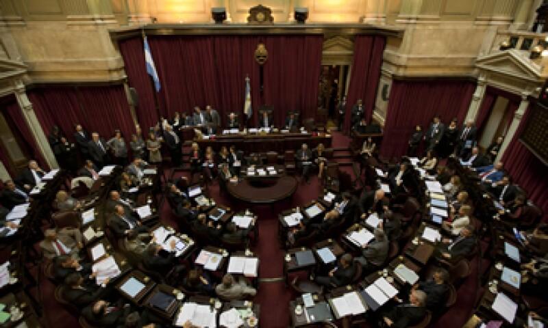 Los senadores aprobarían la medida y la Cámara de Diputados haría lo mismo la próxima semana. (Foto: AP)