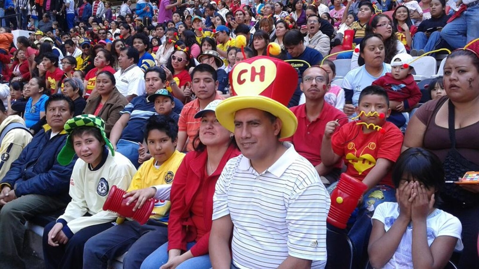 chespirito homenaje estadio azteca 10