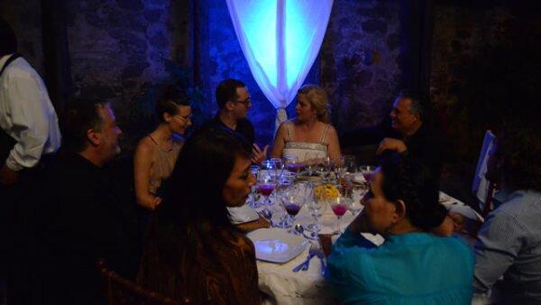 Así convivió la mesa principal de la cena, en la que se encontraban personalidades como Sarah Hoch, su esposo Ernesto Herrera, Spencer Tunik, Klaudia Oliver, Adriana Barraza y por supuesto Darren Aronofsky.