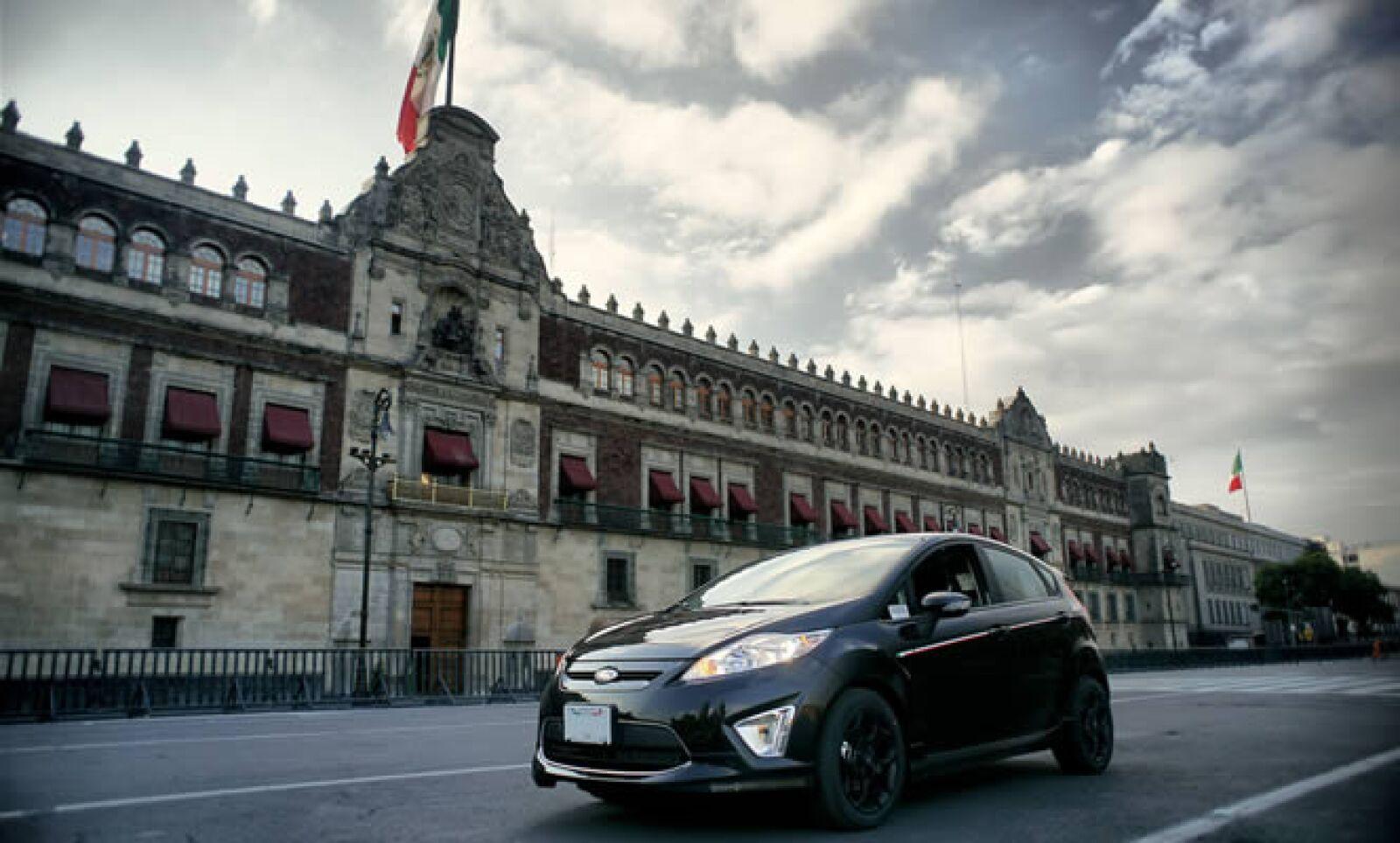 Ford presentó su modelo Fiesta 200, una edición especial y conmemorativa para el bicentenario de México.