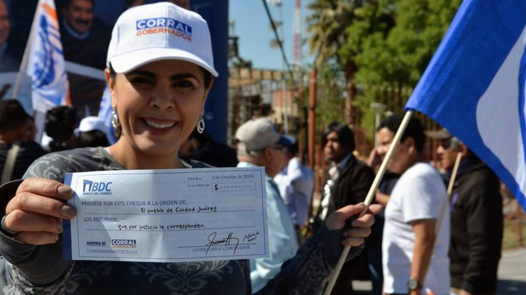 La esposa de Javier Corral se ha apropiado el discurso del panista en contra del gobierno priista de César Duarte.