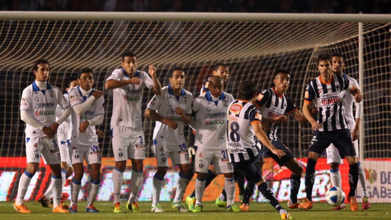 Monterrey sorprendió al líder Querétaro y le ganó 3-1