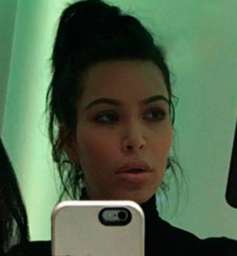 Además de lucir su figura post baby, Kim dejó en evidencia un cambio en sus labios.
